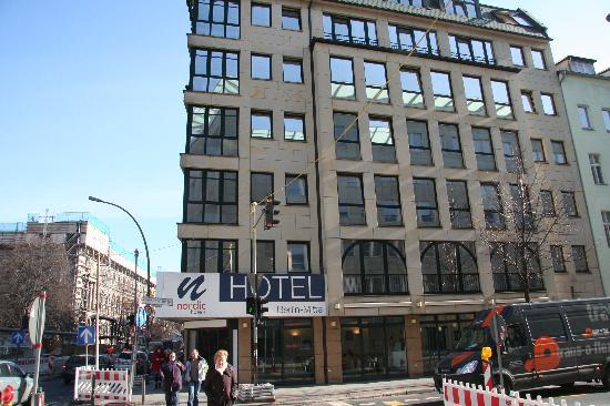 Hotel Berlin Mitte by Campanile: Hotel Building