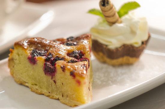 West29 RestoLounge: homemade desserts