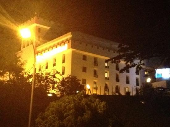The Palace Hotel Kota Kinabalu: it is on the hill