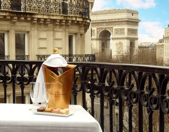 Royal Hotel Paris Champs Elysees : Royal Hôtel ****