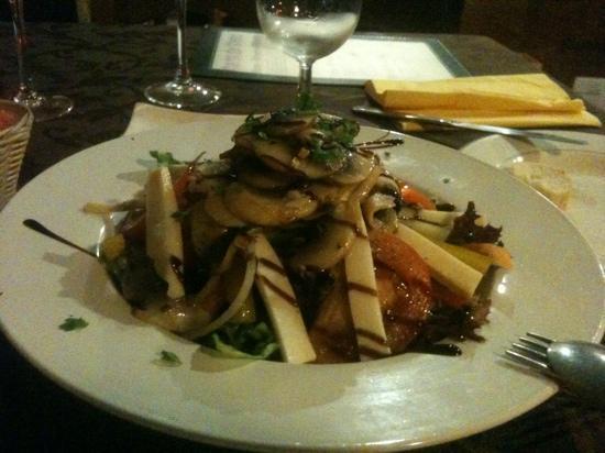 Restaurante La Carta : the salad is inviting...