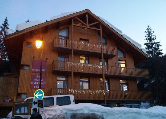 Hotel Telemark at dusk