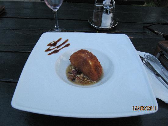 Tores : Desert: Fried camembert
