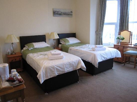 Dorchester Guest House : Ensuite Superior Twin