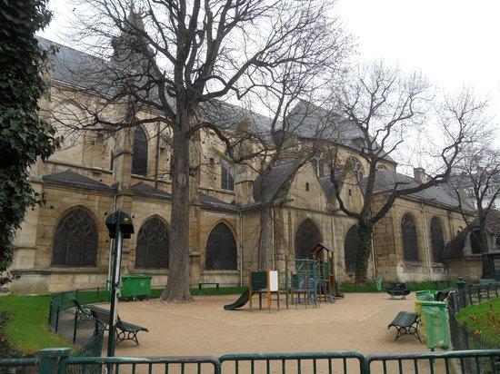 St-Medard: il piccolo parco