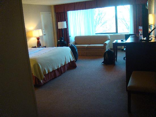 Holiday Inn Secaucus Meadowlands: very big room