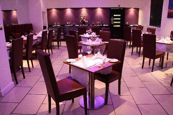 Hotel 53: Restaurant