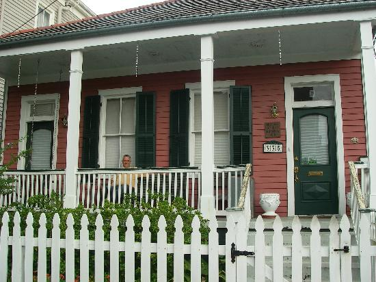 House of the Rising Sun Bed and Breakfast: Front Porch of B & B