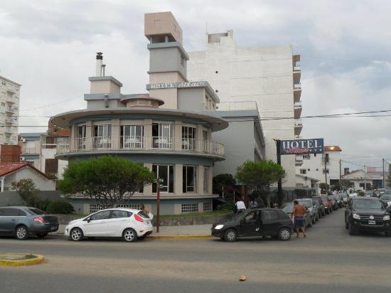 Hotel Altair: Fachada del hotel