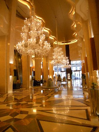 La Cigale Hotel: Lobby