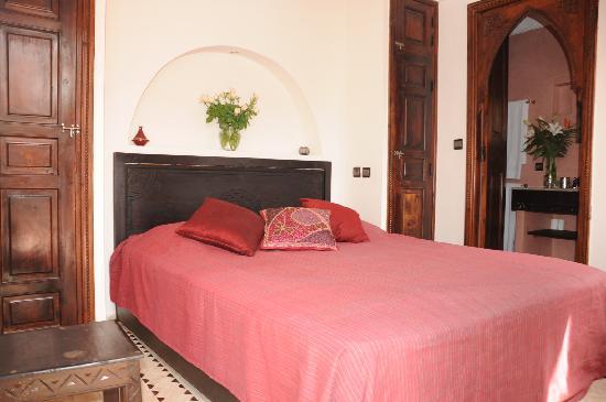 Riad Atman: Bedroom Maya