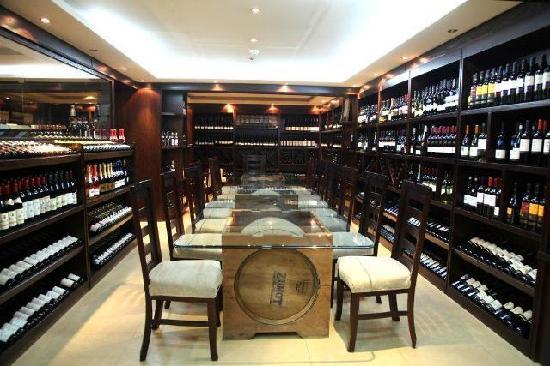 Monaco Business Development: WineMaker Tasting Room