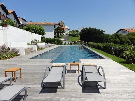 Hotel Itsas Mendia : Piscine 20 mètres
