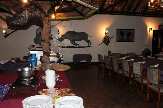 Momella Wildlife Lodge: Inside the John Wayne Dining Lounge!