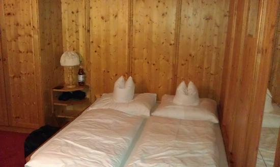 Hotel Monika: Doppelbett