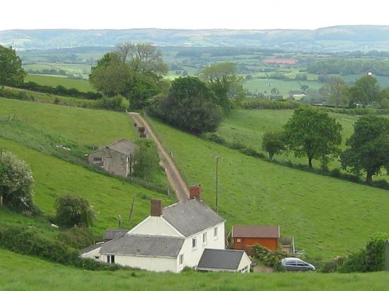 Wiveliscombe, UK : beautiful views from North Down Farm B&B
