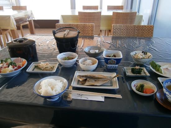 Mare Kamekichi: 朝食