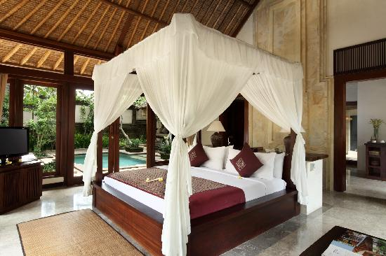 The Ubud Village Resort & Spa: the villa bedroom