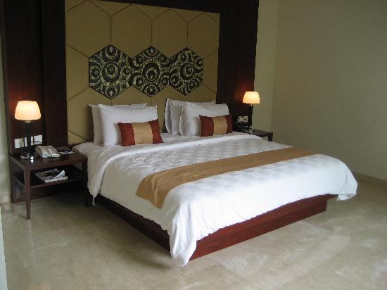 Amadea Resort & Villas: main bedroom