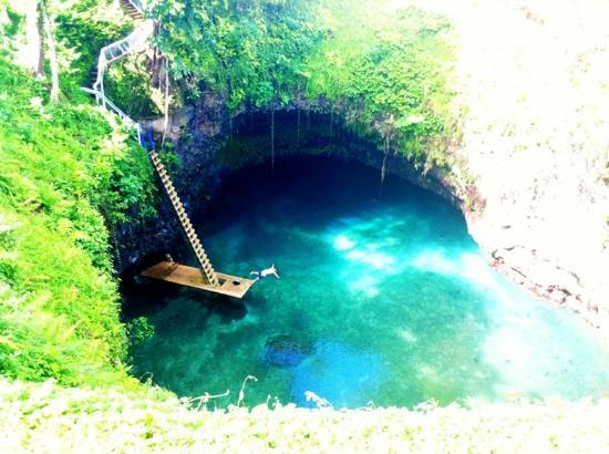 To Sua Ocean Trench: amazing!!