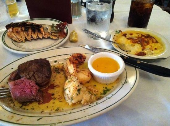 Crescent City Steak House: surf and Turf