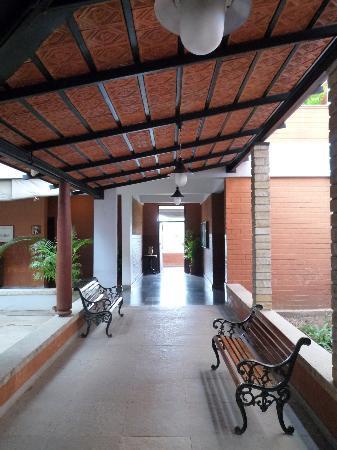 Olde Bangalore Hotel & Resort: Main building