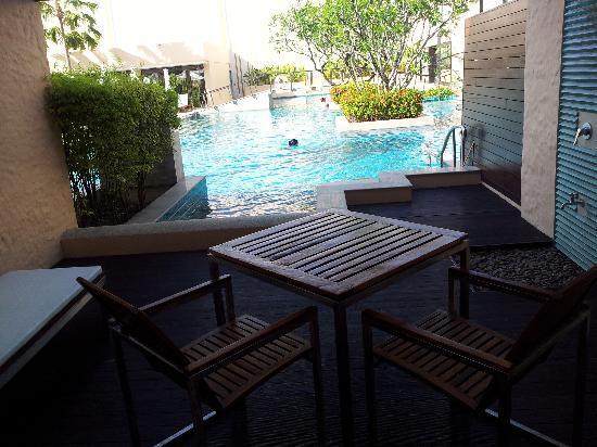 Millennium Resort Patong Phuket: Deck