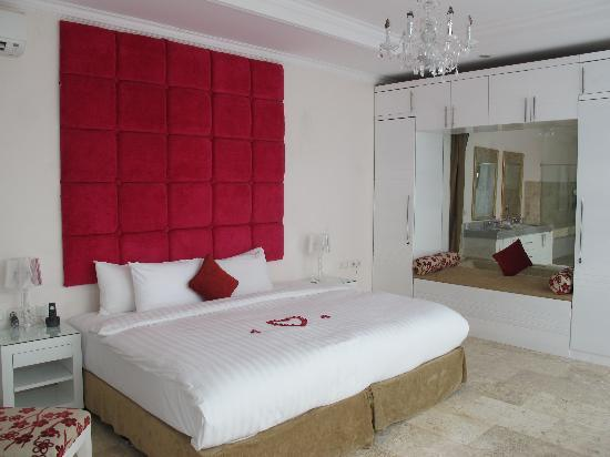 Nusa Dua Retreat and Spa: Bedroom