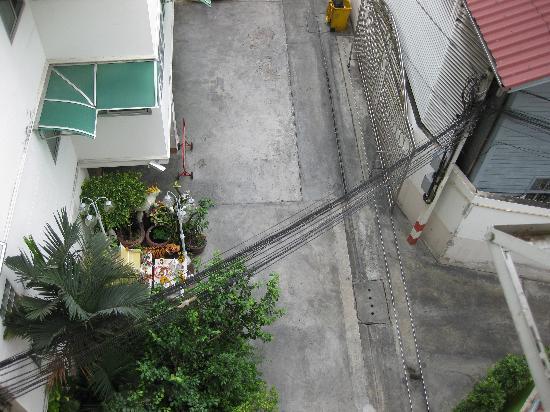Sourire @ Rattanakosin Island: Ausblick in den Hinterhof