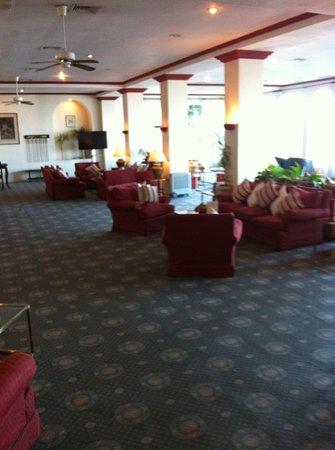 The Rock Hotel Restaurant : lounge