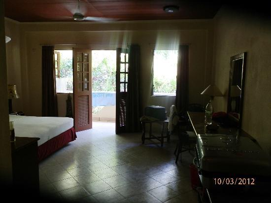 Embudu Village: Chambre standard à l'étage