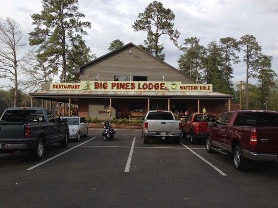 Karnack, TX: the rebuilt Big Pines Lodge