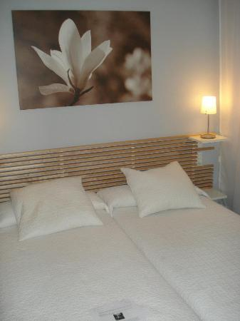 Dormavalencia Hostel: Nice room & Comfortable beds