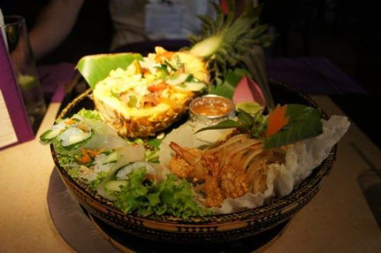 The Khmer Barbe Q : 前菜盛り合わせ~アジアの香りムンムン