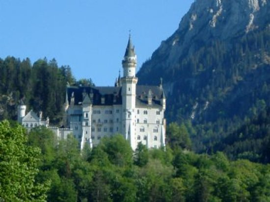 Garmisch Partenkirchen Castle Tours