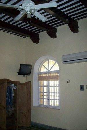 Hotel Quinta Progreso: Room on first floor