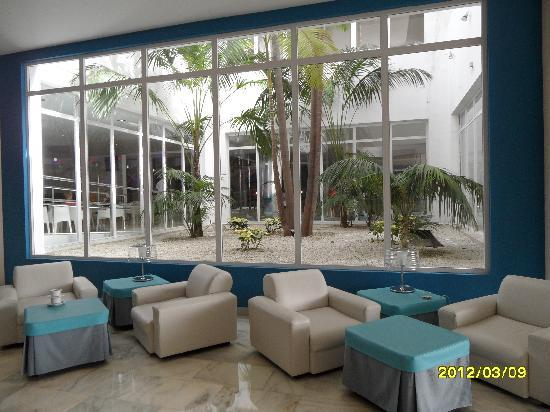 HOVIMA Costa Adeje : lounge area