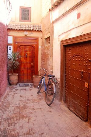 Riad Dar Rassam : Puerta del Riad