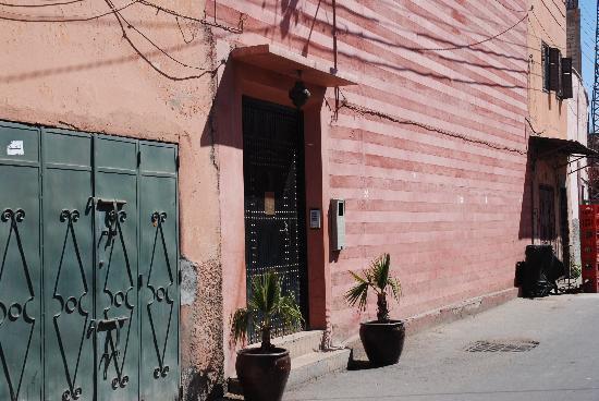 Riad Opale Marrakech : Riad Opale front door