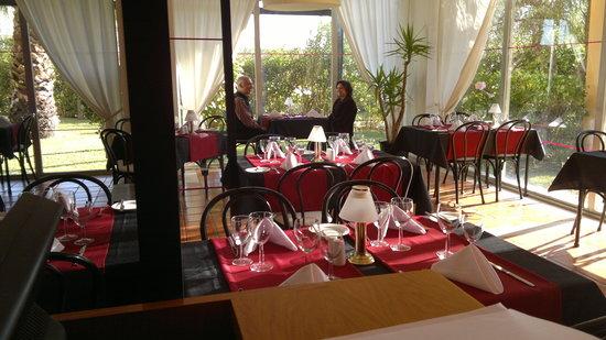 Vilamoura Restaurant & Cocktail Bar: getlstd_property_photo