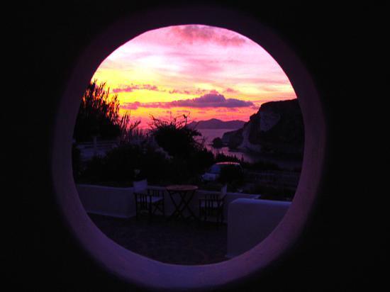 Grand Hotel Chiaia Di Luna: sunset