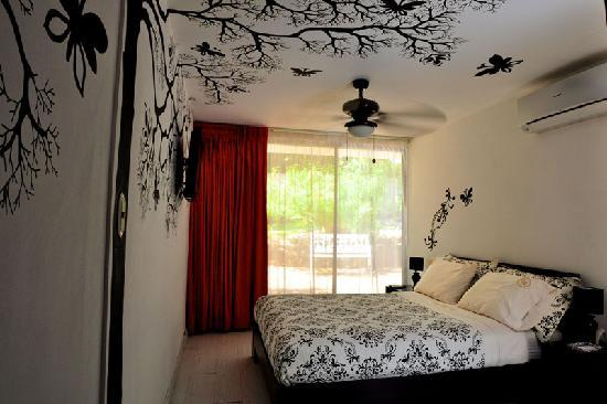 Casa Ramirez : Garden Room #1