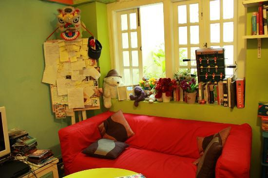 A Beary Good Hostel: common room