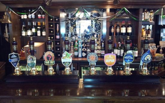 The Cross Keys: excellent selection of draught ale