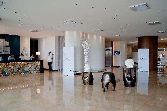 Holiday Inn Cartagena Morros : Lobby