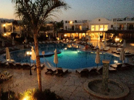 Resta Club Resort: Pool