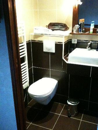 Le Celtic : krap zitten op toilet