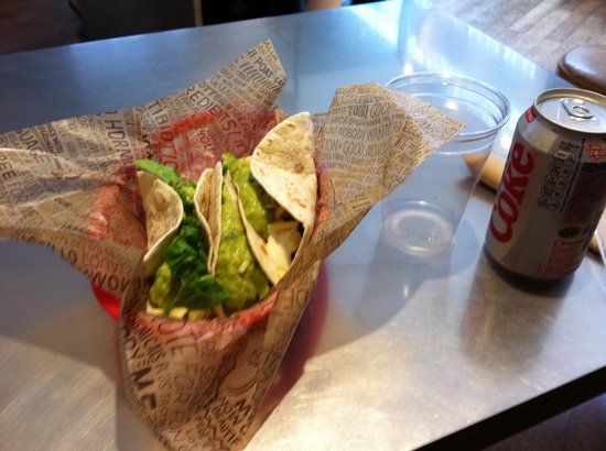 Chipotle: Soft Tacos