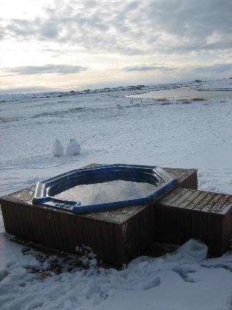 Hotel Ranga: hot tub in the snow