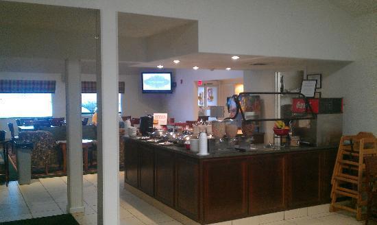 Sonesta ES Suites Providence - Airport: Breakfast area